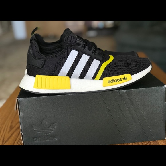 Adidas Shoes Nmd R1 Japan Mens Size 9 Poshmark